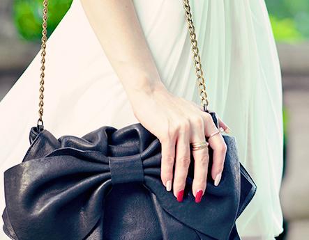 ست جواهرات کیف با لباس حریر