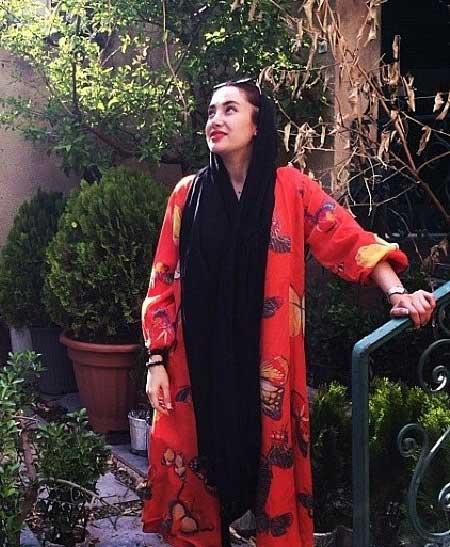 جدیدترین عکس های سارا منجزی و بهاره افشاری اردیبهشت 93