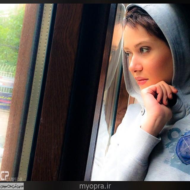 جدیدترین عکس های تینا آخوندتبار و پریناز ایزدیار تیر 93