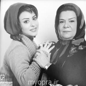 عکس جدید زهرا اویسی  در کنار مادرش مهر ماه 93