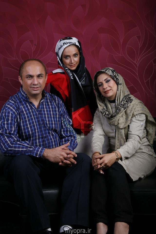 عکس شبنم قلی خانی در کنار برادر و خواهرش