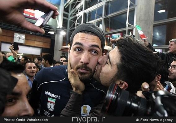 تصاویر استقبال از تیم ملی فوتبال در فردوگاه امام خمینی