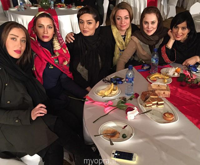 آرام جعفری و سحر قریشی ,سارا منجزی ,روشنک عجمیان,فریبا نادری در بهمن 93