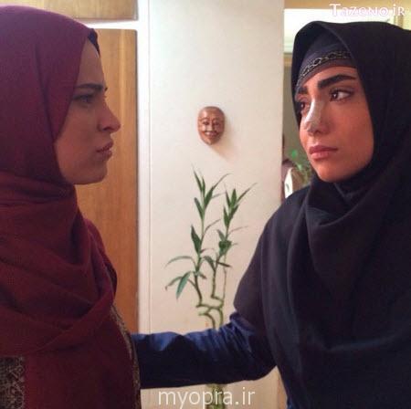 گفتگو با شیرین اسماعیلی بازیگر  نازنین در همه چیز آنجاست (http://www.oojal.rzb.ir/post/1561)