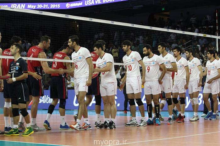 تماشاچیان والیبال ایران و آمریکا در لسآنجلس