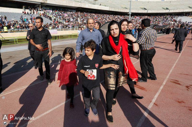 تصاویر مراسم ختم هادی نوروزی کاپیتان تیم پرسپولیس در ورزشگاه آزادی