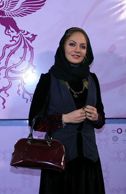 تیپ مهناز افشار در جشنواره فیلم فجر فرش قرمز 94