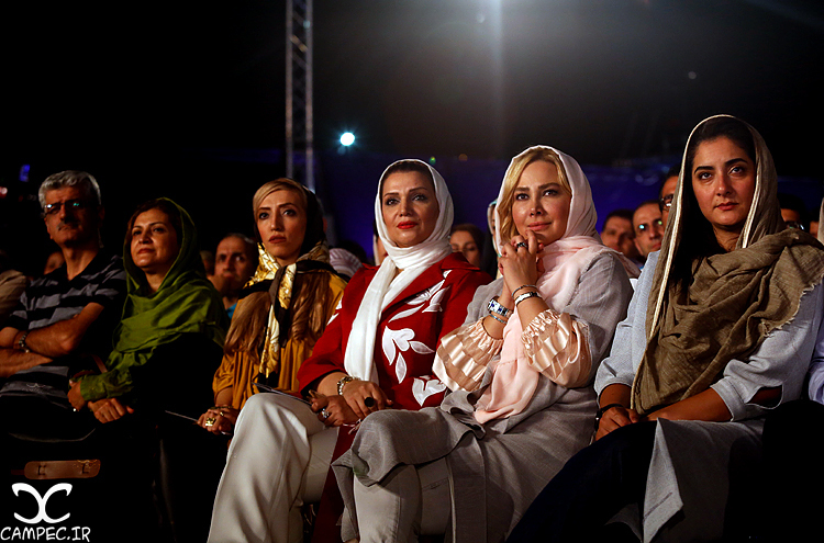بازیگران در کنسرت ناظری برج میلاد تهران 95