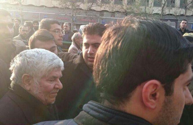 تصویر برادر هاشمی رفسنجانی در مراسم تششیع