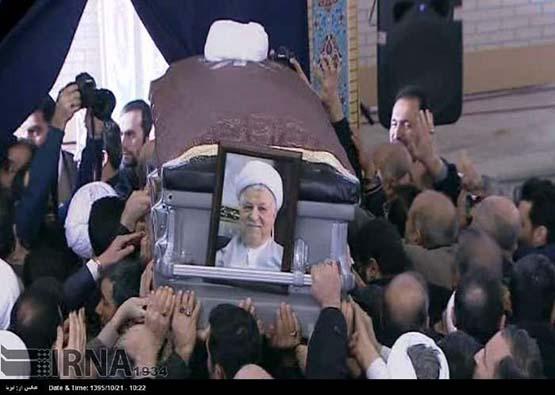 تصاویر اقامه نماز پیکر هاشمی رفسنجانی