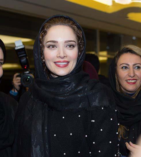 تیپ بهنوش طباطبایی در جشنواره فیلم فجر 95