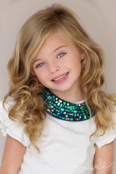 تصاویر با کیفیت دختر بچه برای پروفایل