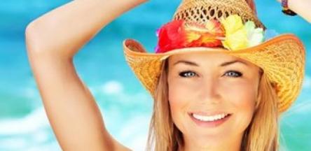 10 راه حل جلوگیری از ریزش میکاپ در تابستان
