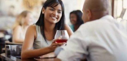 10 ترفندی که خانم ها را برای مردان جذاب تر می کند