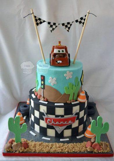 تصاویر تم تولد با کیک ماشین ها