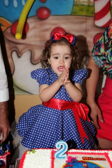 تولد برای دختر کوچولو ها